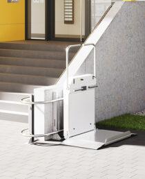 Hiro 350 wheelchair lift