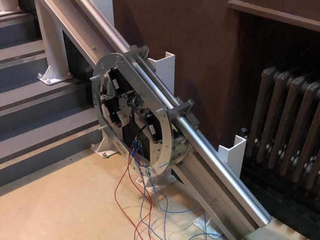 hiro 350 wheelchair lift incline installation