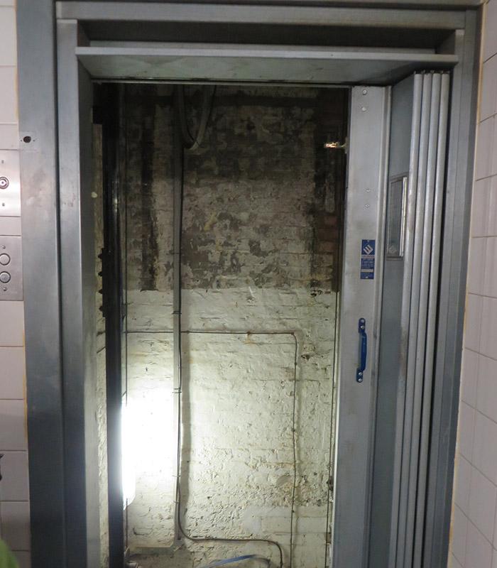 original old goods lifts